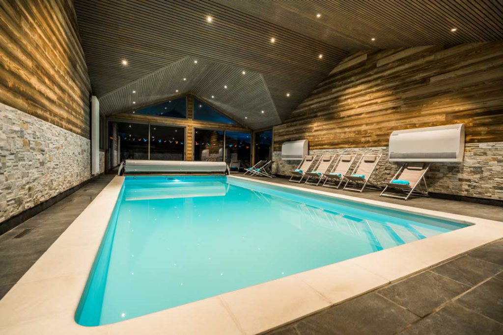 G te avec piscine chauff e couverte toute l ann e gites for Piscine ouverte le 11 novembre